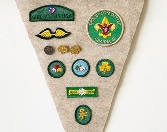 Girls Scouts USA Hanging Flag w/ Vintage Badges & Pins