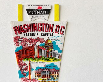 Vintage Washington DC Souvenir Felt Pennant (1970s)