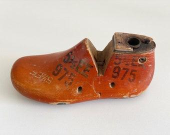 Vintage Children's Shoe Last, 5 1/2EE — Krentler Brothers St. Louis (1956)