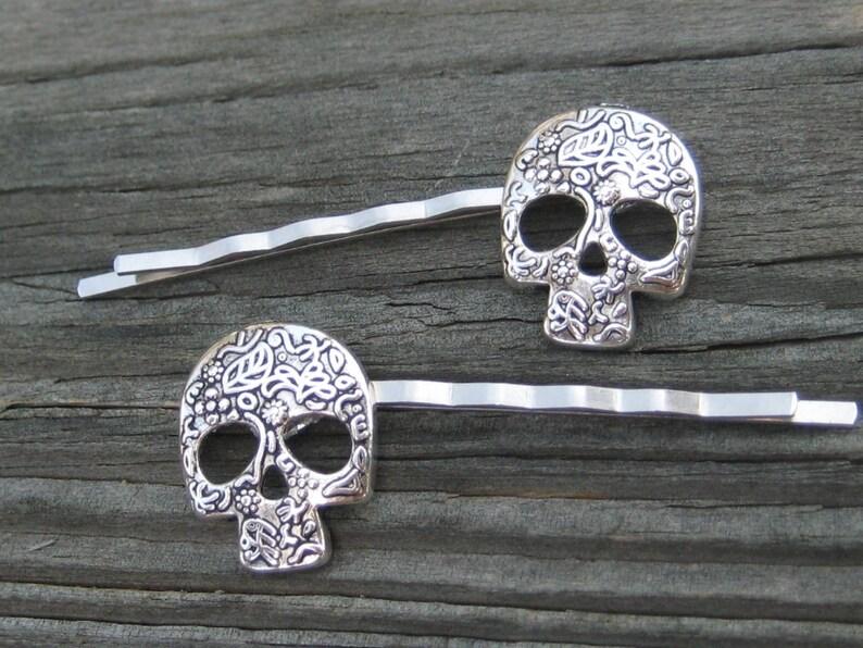 Engagement & Wedding Skull Bobby Hair Pin