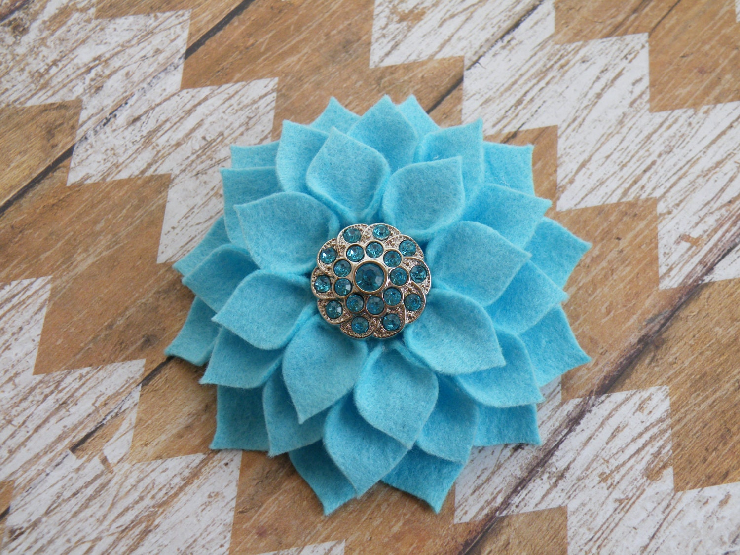 Pretty Blue Dahlia Hair Clip Blue Flower Broach Blue Dahlia Etsy