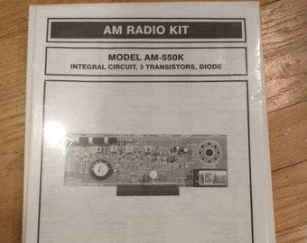 Elenco Electronics AM Radio Kit Model AM-550K Assembly and Manual NIP
