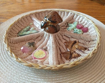 Tilso Ceramics Mushroom Vegetable Wicker Look 5 Section Round Relish Tray and Pick Holder 32/927