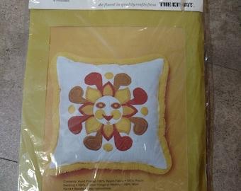 National Needlecraft 1975 14 inch Groovy Sun Stitchery Corded Pillow Craft Kit Bit NOS