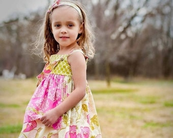 Girls apron knot dress and matching Ruffle Pants set, little girls boutique dress, baby girl clothes handmade in the USA