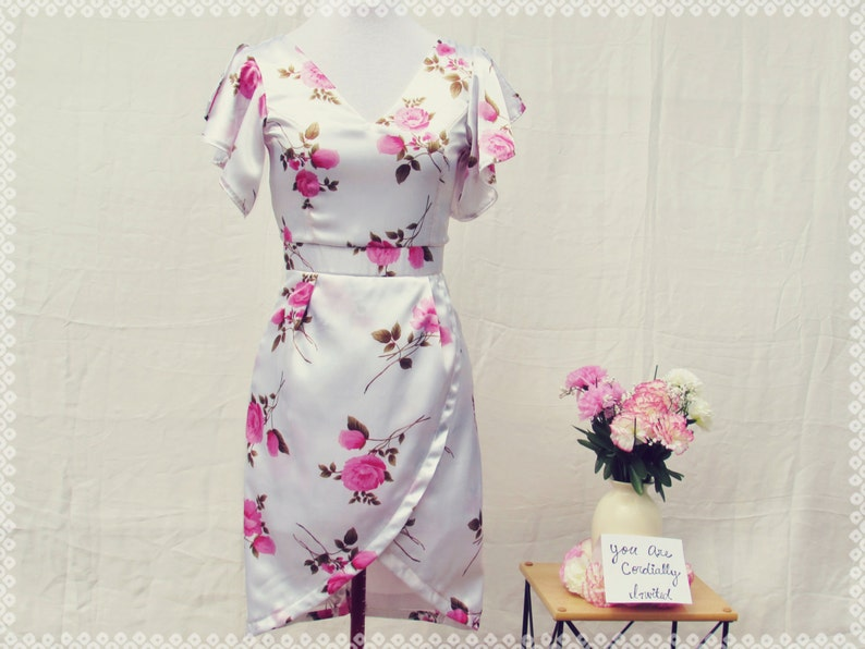 efd62b9dcdbe Pink and White Floral Ruffle Sleeves Tulip Dress Semi-Formal