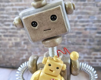 Robot Dad with Robot Child Sculpture | New Parent Gift | Father Gift | Gift for Dad | Robot Family