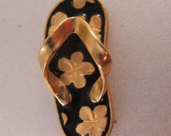c2aa9413200 14K ARTISTICA Hawaiian Plumeria Sandal Flip Flop Pendant Black Enamel  Vintage Jewelry Vintage Pendant