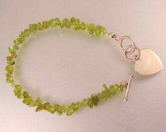 Peridot Nugget Bracelet with Sterling Silver Heart Charm Vintage Jewelry Vintage Bracelet Gift for Mom