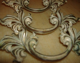 ONE Vintage Brass French Provincial Hollywood Regency Bureau Drawer Handle. Shabby White Wash. Choice of ONE.