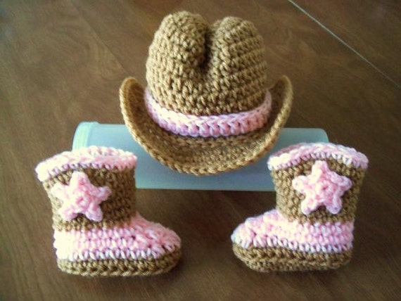 HANDMADE CROCHET COWBOY COWGIRL HAT BOOTIES SET PINK /& WHITE BABY TODDLER