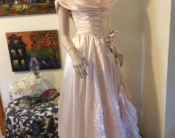 5e647375a2a8 Vintage 70s Pale Pink Zum Zum Satin Chiffon Lace Tulle Huge Full Skirt  Princess Southern Bell Wedding Prom Evening Gown Size Small X Small