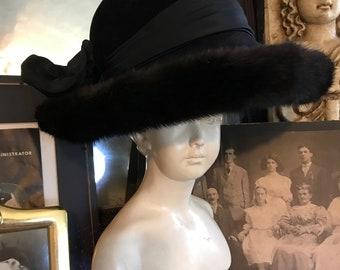 2af7633343c Fabulous Vintage 70s Mod Boho Henri Bendel Black Wool Mink Fur Trim Ladies  Statement Hat Gift for Her