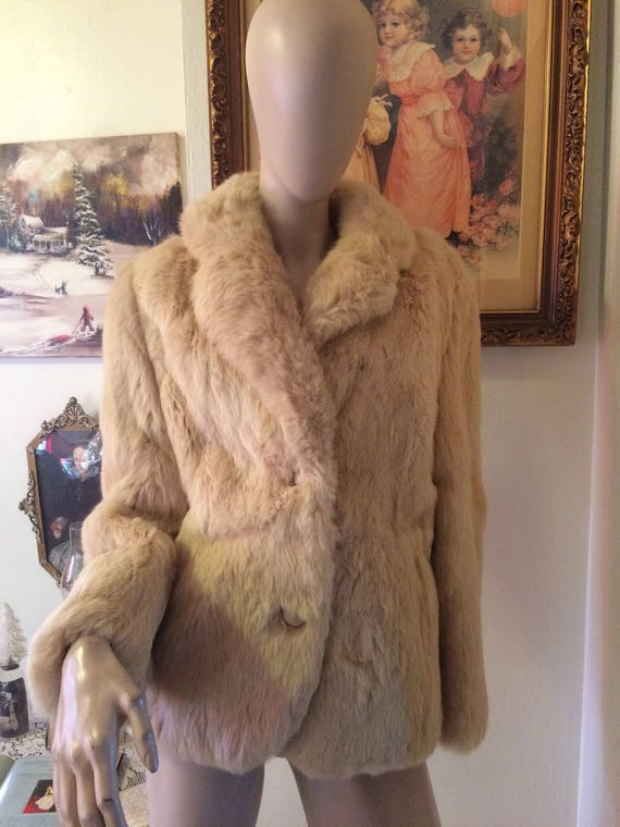 b55f28467 Vintage 70s Bermans Creme Beige Fur Ladies Genuine Rabbit