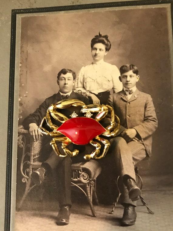 Vintage Gold Tone Red Enamel Rhinestones Trifari … - image 4