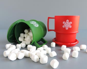 Tupperware Christmas Mugs with Matching Coaster Lid #1312 and #1313 | Red Snowflake, Green Dove | Made in USA