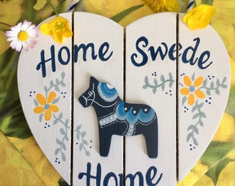 Swedish Valkommen Sign, Swedish Gifts, Scandinavian Decor, Swedish Dala Horse, Valkommen Sign, Heart, Home Swede Home, Swedish Kitchen Sign