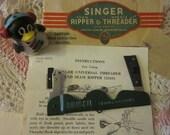 Vintage Singer Universal Needle Threader Seam Ripper Original Packaging Scarce Item