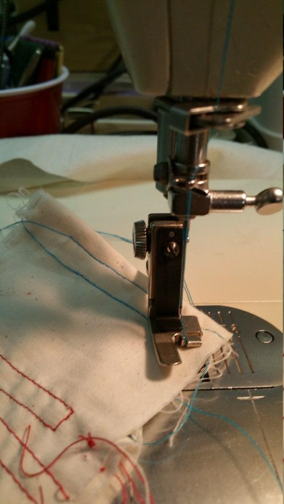 Vintage Singer Gauge Presser Foot Set Slant Shank 40 40 40 Etsy Mesmerizing Singer Sewing Machine 301a Value