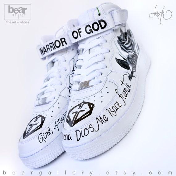Nike G und Karol Anuel AA Portraits Force Schuhe Nike Air handgemalte Custom und Tattoos 1 nm8N0w