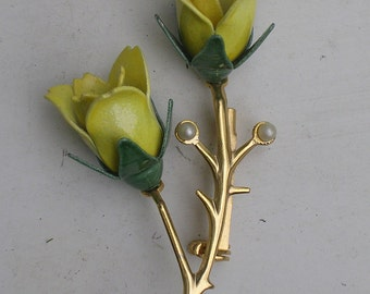 Vintage Yellow Roses Enamel Pearls Pin