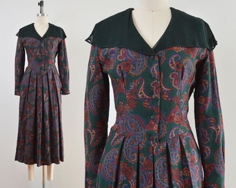 Laura Ashley Green Paisley Dress | Sheer Shawl Collar Pleated Dress with Pockets | size Small