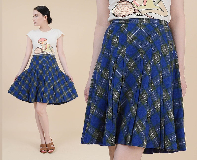 e8b2cddd77eb Vintage 60s Blue Tartan Plaid Skirt size M High Waist   Etsy