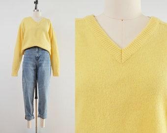 Vintage Yellow Lambswool Sweater   V Neck Raglan Sleeve Sweater   size M L