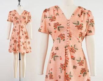 Vintage 70s Floral Babydoll Dress | Empire Waist Puff Sleeve Dress | Peach Novelty Print Dress | size M