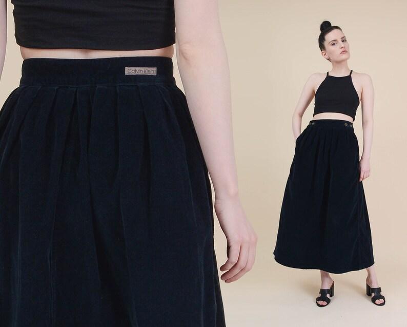 2fd4fe25d2d4 Vintage Calvin Klein Skirt size Medium Navy Blue Corduroy | Etsy