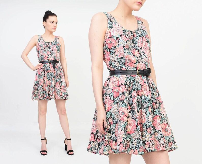 c77c2b29e2 80s Floral Mini Dress size Small Cotton Full Circle Skirt