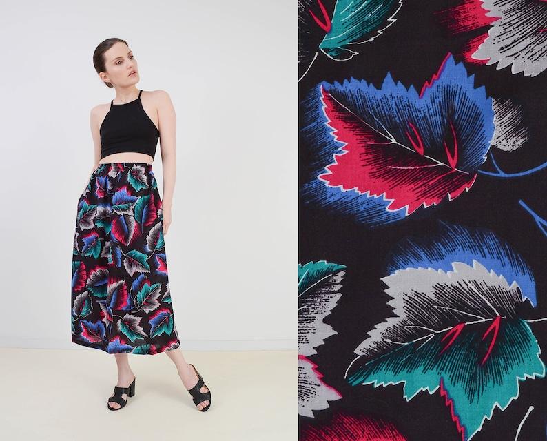 Vintage 80s Black Leaf Print Skirt  Novelty Print Elastic image 0