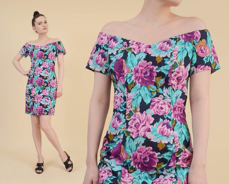 b5b6204de608 Vintage 90s Floral Mini Dress size Small Off Shoulder