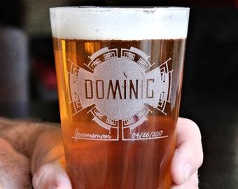 Groomsmen Pint Glasses, Groomsmen Beer Glasses, Personalized Gifts for Groomsmen, Best Man Glass, Custom Groomsmen Pint Glass