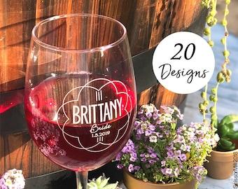 Personalized Wine Glasses, Bridesmaid Wine Glasses, Wedding Toasting Glasses, Stemless Wine Glasses, Wedding Wine Glasses