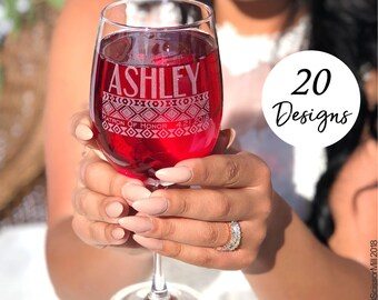Set of 7 Bridesmaid Wine Glasses, Personalized, 7 Bridesmaid Favors, Stemless Wine Glasses, Bridal Party Favors, 7 Bridesmaid Wine Glasses
