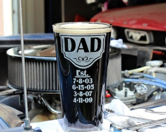 Personalized Dad Glass, Fathers Day 2021, Dad Beer Mug w/his kid's birth dates, Dad Gift, Papa, Grandpa, New Dad, First Fathers Day