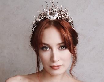 Moon crown, crescent moon tiara, goddess headpiece, branch crown, silver headdress, celestial headband, medieval crown, wedding - Feyre
