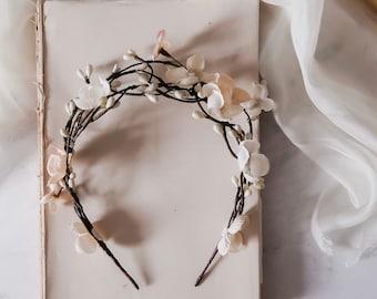 Beige bridal floral crown, rustic twig headpiece, unique branch headband, woodland boho crown, cream flower hair accessory, fall weddings