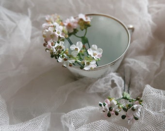 Posy - powder pink flower hair pins, wedding flower clip set, bridal hair pins, baby's breath bobby pins, blush pastel pink flower clips