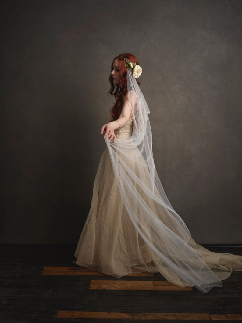 Woodland wedding head piece ivory wedding veil bridal image 0
