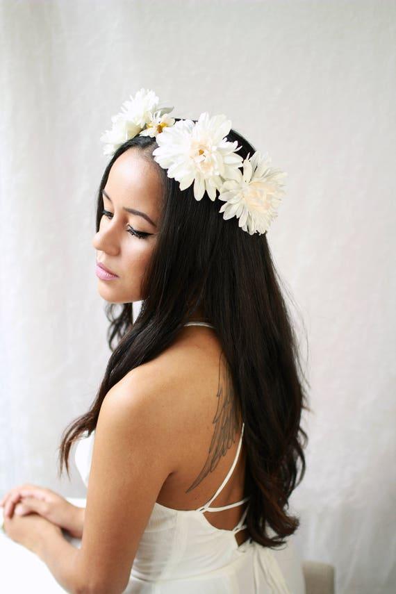Daisy crown Festival flower crown Floral hair wreath White   Etsy