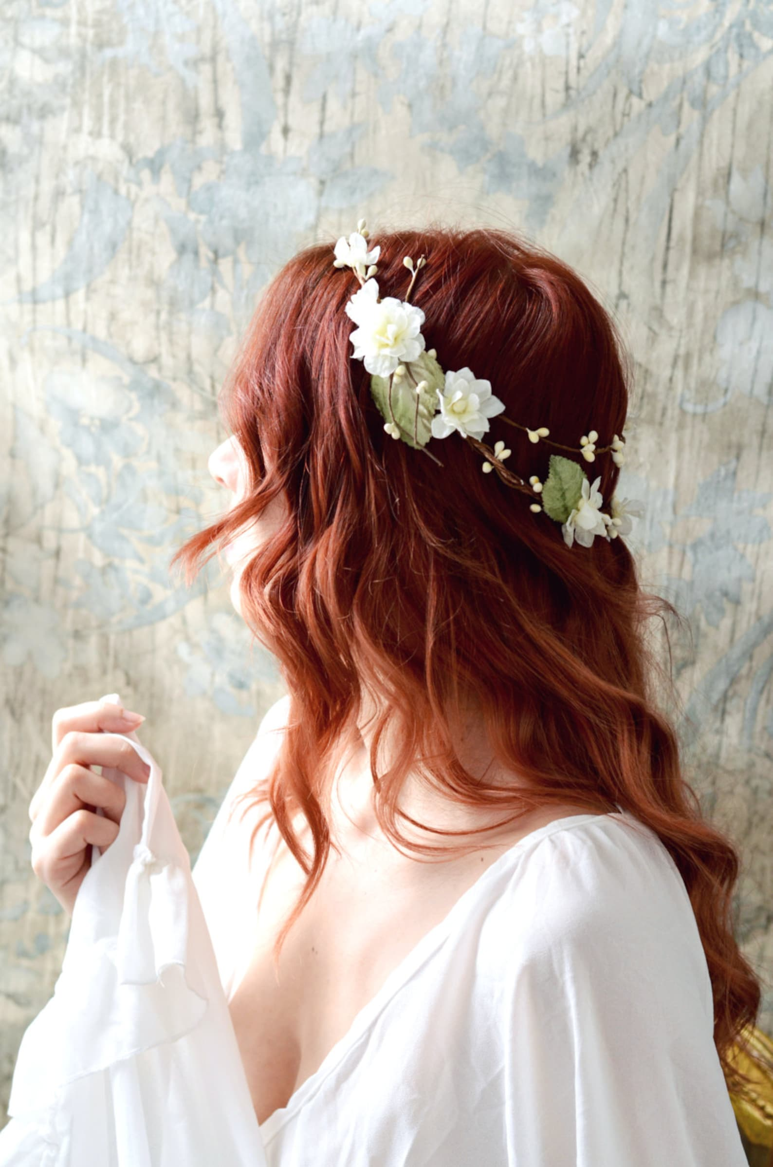 Wedding Hair Accessories Ideas for Boho Chic Brides, Rustic flower Bridal Crown Woodland Hair Wreath