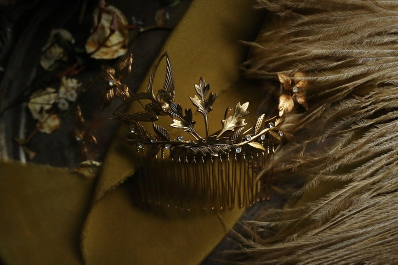 Enchanted golden headpiece gold bridal comb gold leaf head image 0