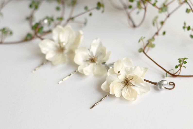 Ivory flower clips wedding bobby pins floral clip set hair image 0