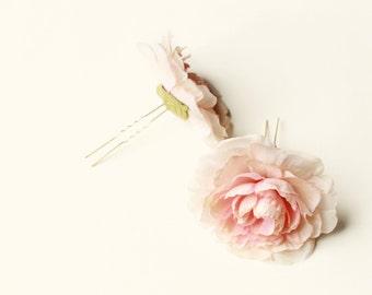 Blush flower hair pins, pink ranunculus hair clips, flower chignon pins, bridal hair pins, wedding hair piece, hair accessories