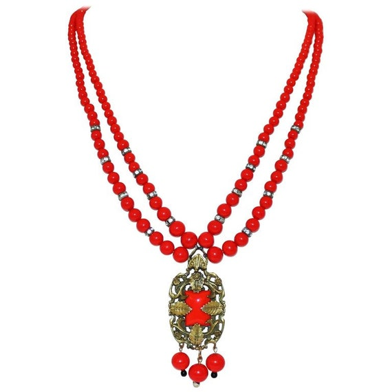 1930s Czech Red Beaded Pendant Necklace