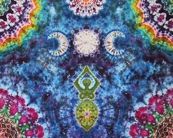 Triple Moon Goddess Tie Dye Tapestry - Tye Dye Wall Hanging - Witchy Home Decor - Boho Hippie Gift