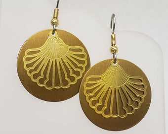 Round Shell Gold Filigree Earrings - choose your color