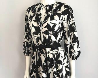 Vintage Women's 70's Floral Dress, Black, White, Polyester (M)